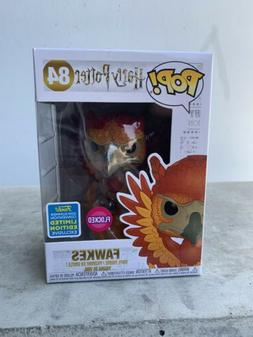 LOOK 💥 FUNKO POP! HARRY POTTER FLOCKED FAWKES #84 SDCC SH