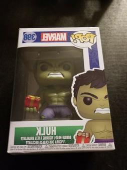 Marvel #398 - Hulk with Stocking & Plush - Funko Pop! Marvel